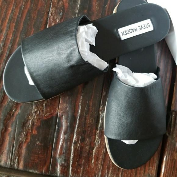 5326e755e96 NIB Steve Madden Karolyn Black flat sandal NWT